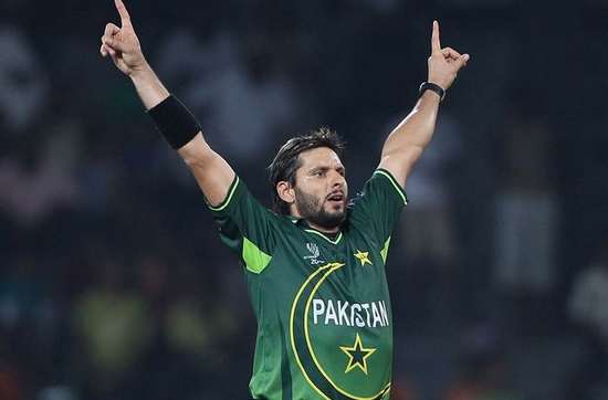 Shahid Afridi Best Bowling Figures