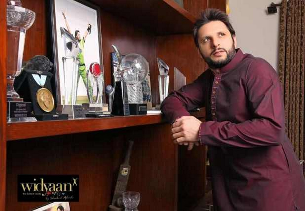 Shahid Afridi Stylish HD Wallpapers