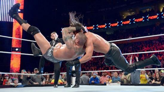 Randy v Rollins WrestleMania 31
