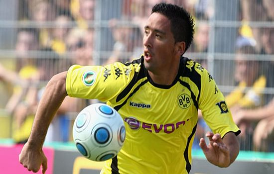 Lucas Barrios Footballers to Watch at the Copa America 2015