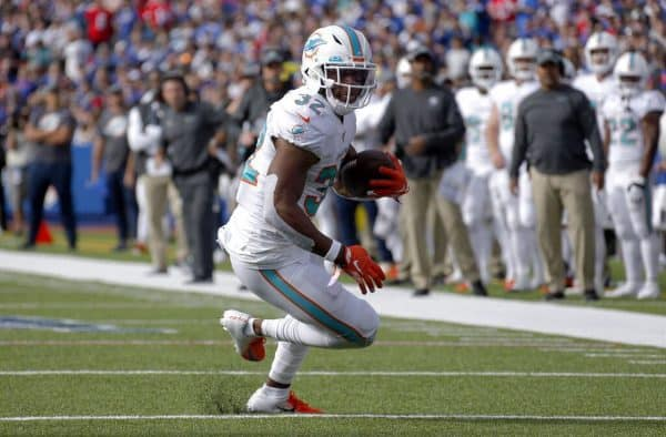 Dolphins & Jets Battle to Avoid Last Place in the AFC East